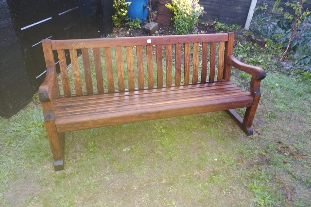 Cleaning and Restoring a Garden Bench made from Teak taken From The RMS Arlanza